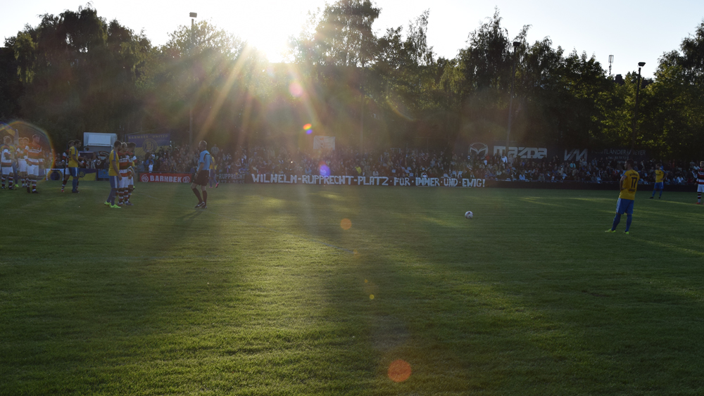 Licht und Schatten gab es auch in der Vereinsgeschichte  des HSV Barmbek-Uhlenhorst