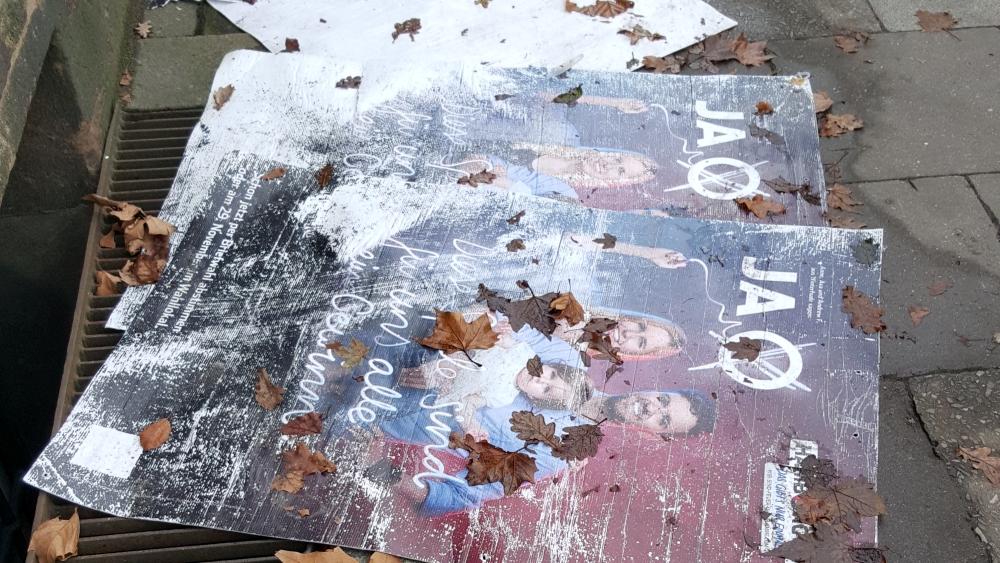 Olympia_Plakate_abgehangt